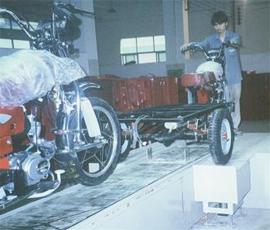 摩托车装配线10